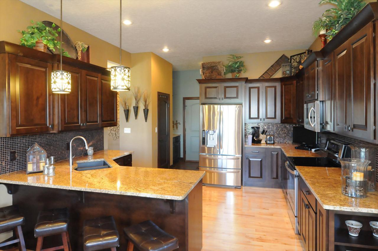 Cabinets & Flooring