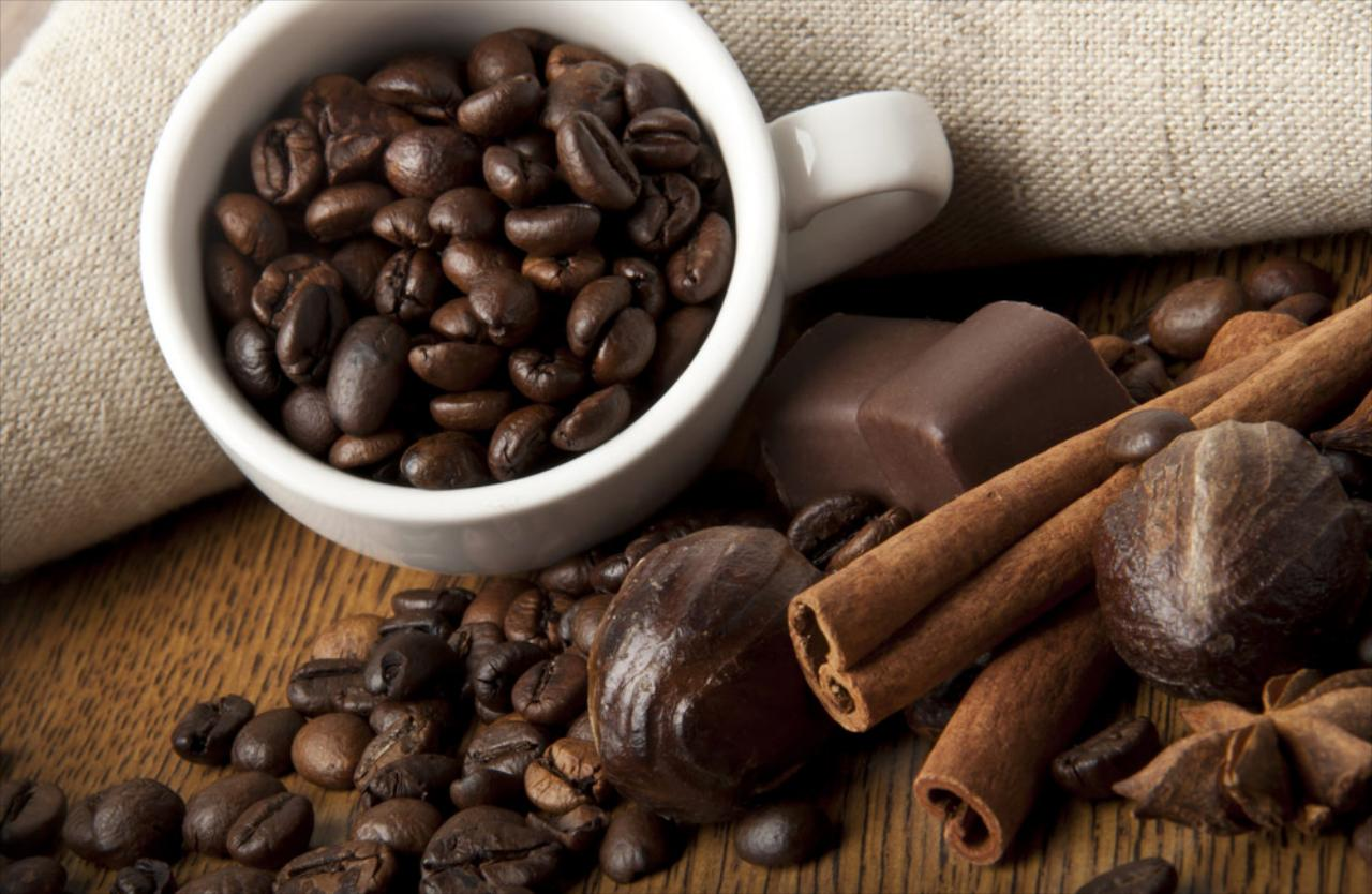 Woodward Coffee Co Inc distributes top quality coffees, teas, cappuccino and hot chocolate mixes and supplies within a 100-mile radius of Shreveport, LA.