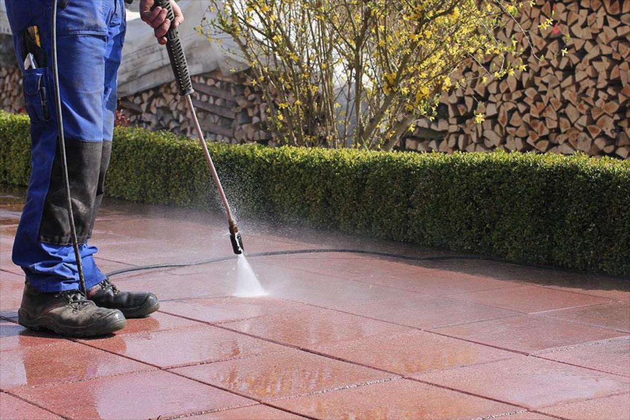 Deck And Patio Cleaning Solution