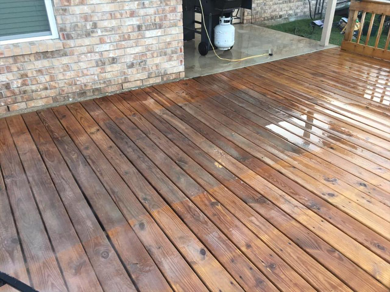 Wood Deck and Fence Restoration Services