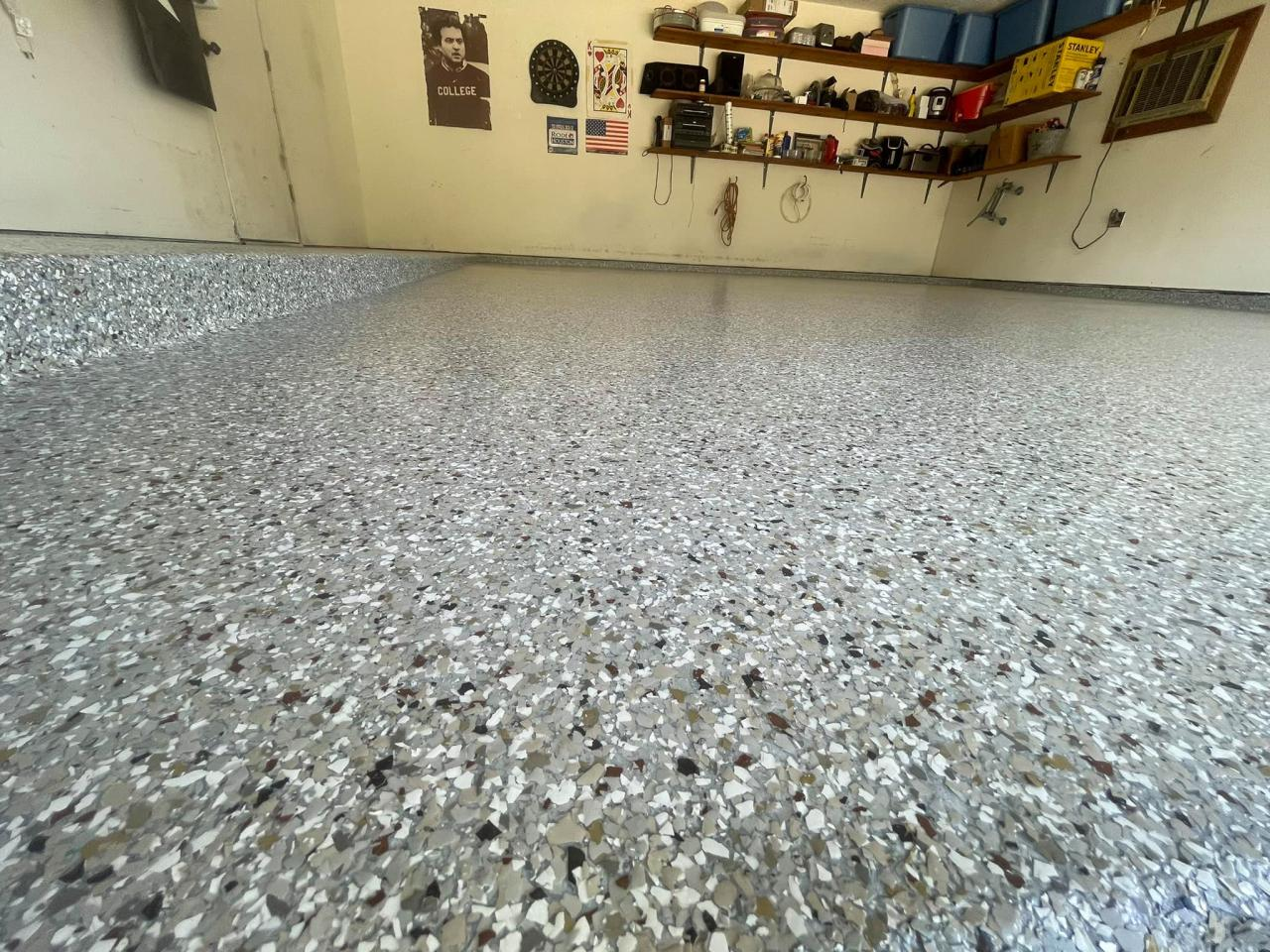 Flaked Epoxy Floors - Epoxy Garage Floors