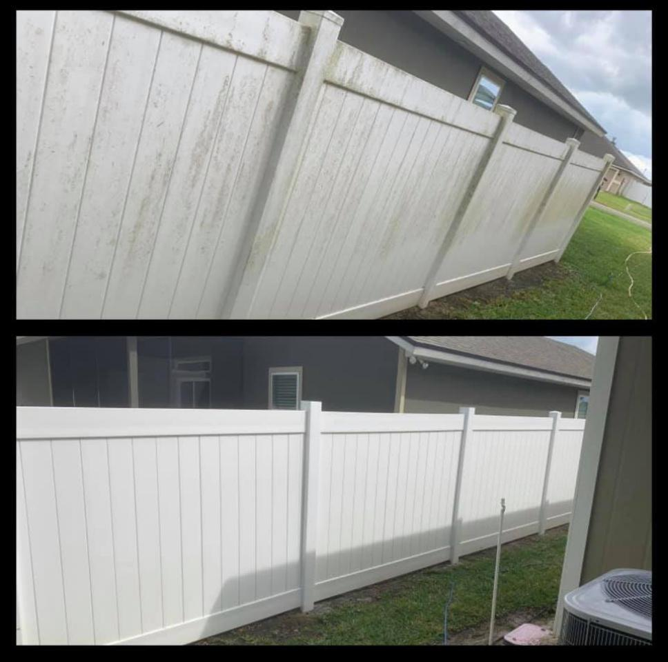 Vinyl / Wood Fence Cleaning
