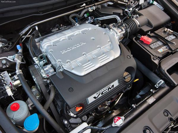 Full Engine Bay Cleaning – Starting at $59+ Tax