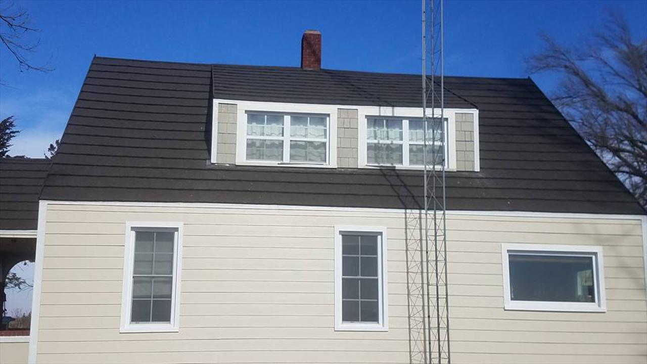 Siding & Roofing