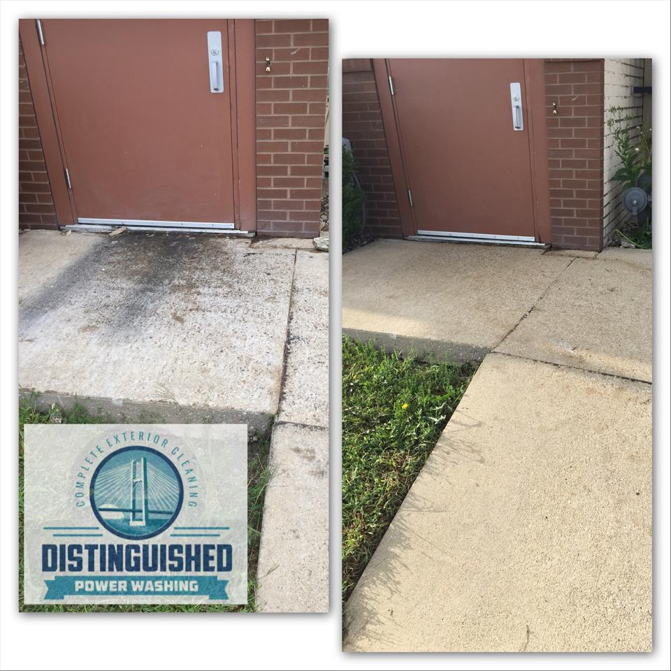 Concrete and Driveway Power Washing in the Quad Cities