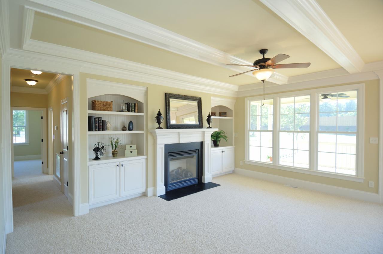 Floor & Carpet Cleaning