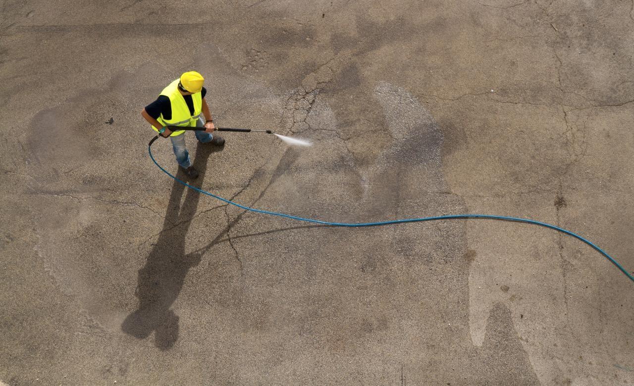 Gum, Graffiti and Rust Removal