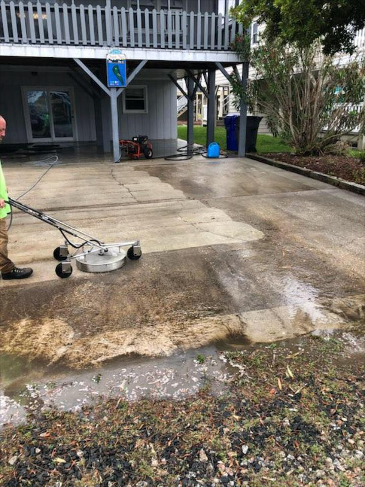 Our high-pressure surface cleaner blasts away dirt and grime from any hard surface.