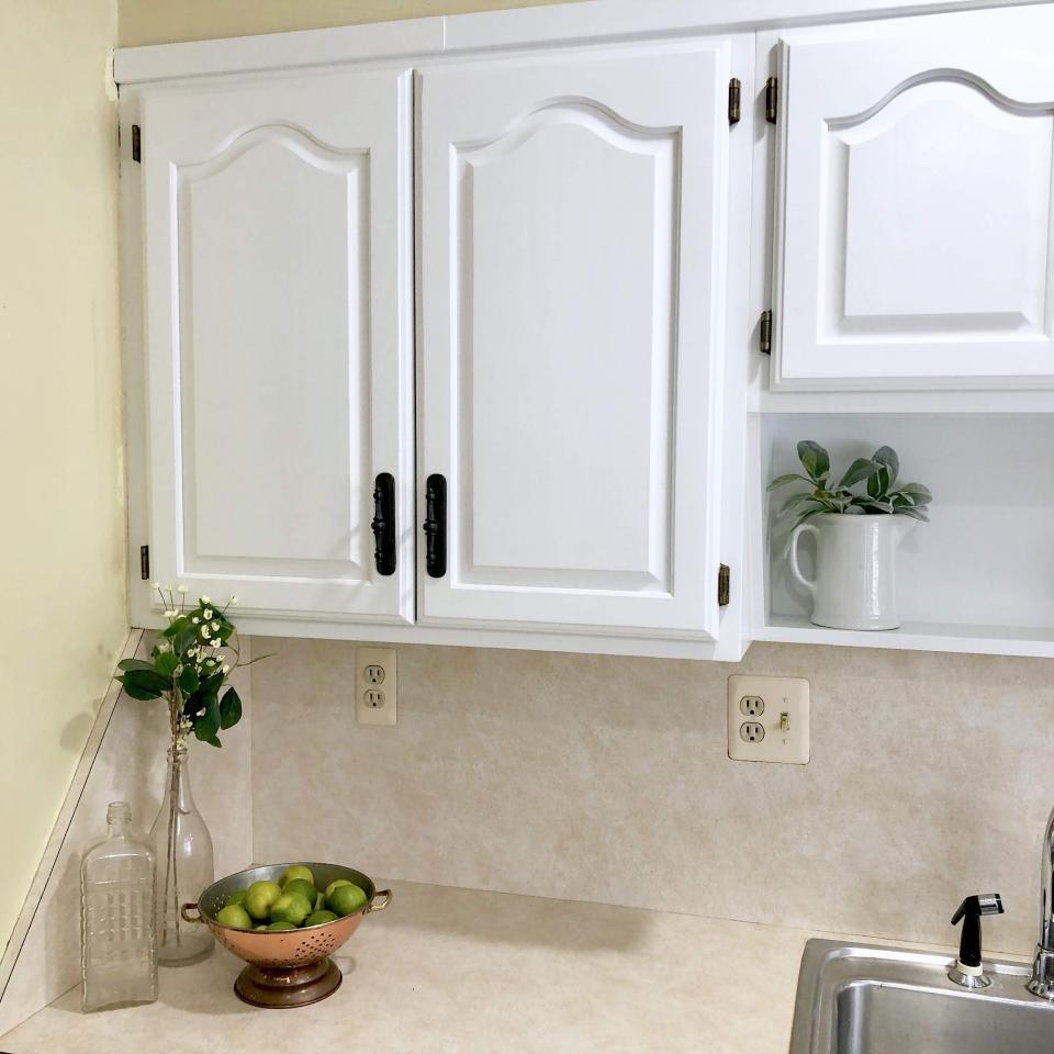 Painting Class - Refinishing Kitchen Cabinets