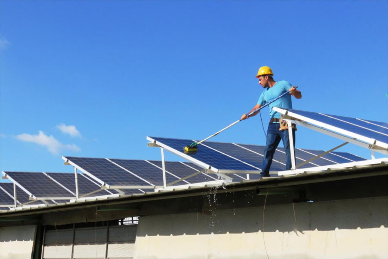 Commercial Solar Panel Cleaning Services